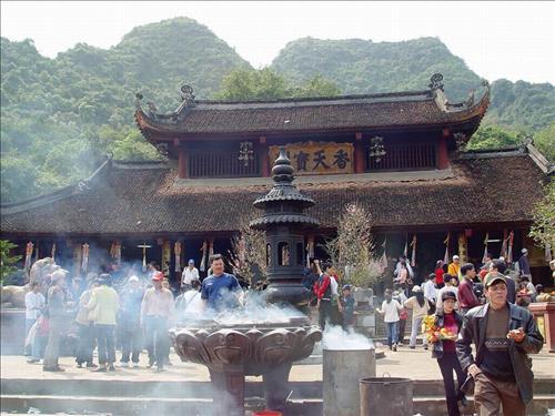 van-khan-cong-danh-chua-huong
