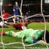 MU đại thắng, Chelsea hóa chú hề
