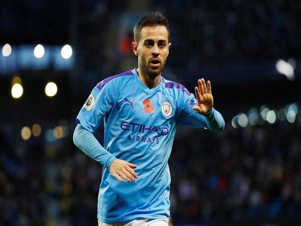 Sao 100 triệu của Man City công khai tỏ tình với Barcelona
