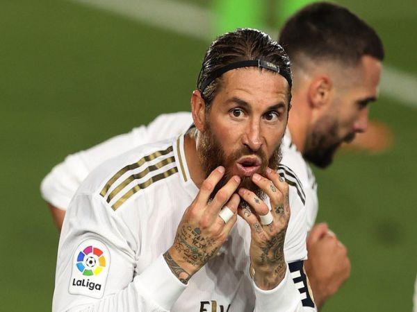 Sự mỉa mai từ Ramos rắc thêm muối vào Barca