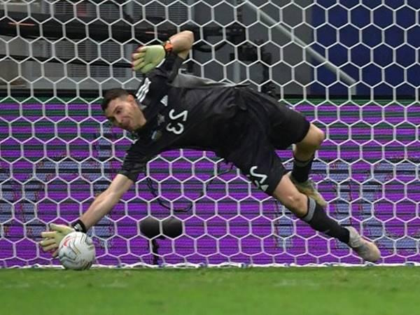 Tin thể thao tối 12/7: Arsenal lại bị châm biếm vì bán Emiliano Martinez
