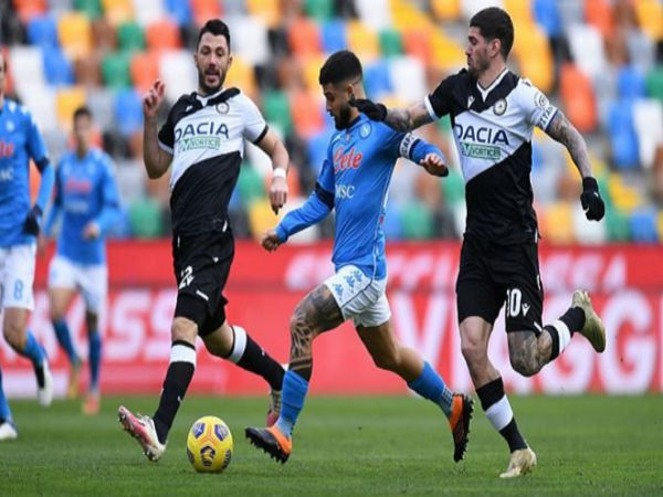 Soi kèo Udinese vs Napoli, 01h45 ngày 21/9 - Serie A